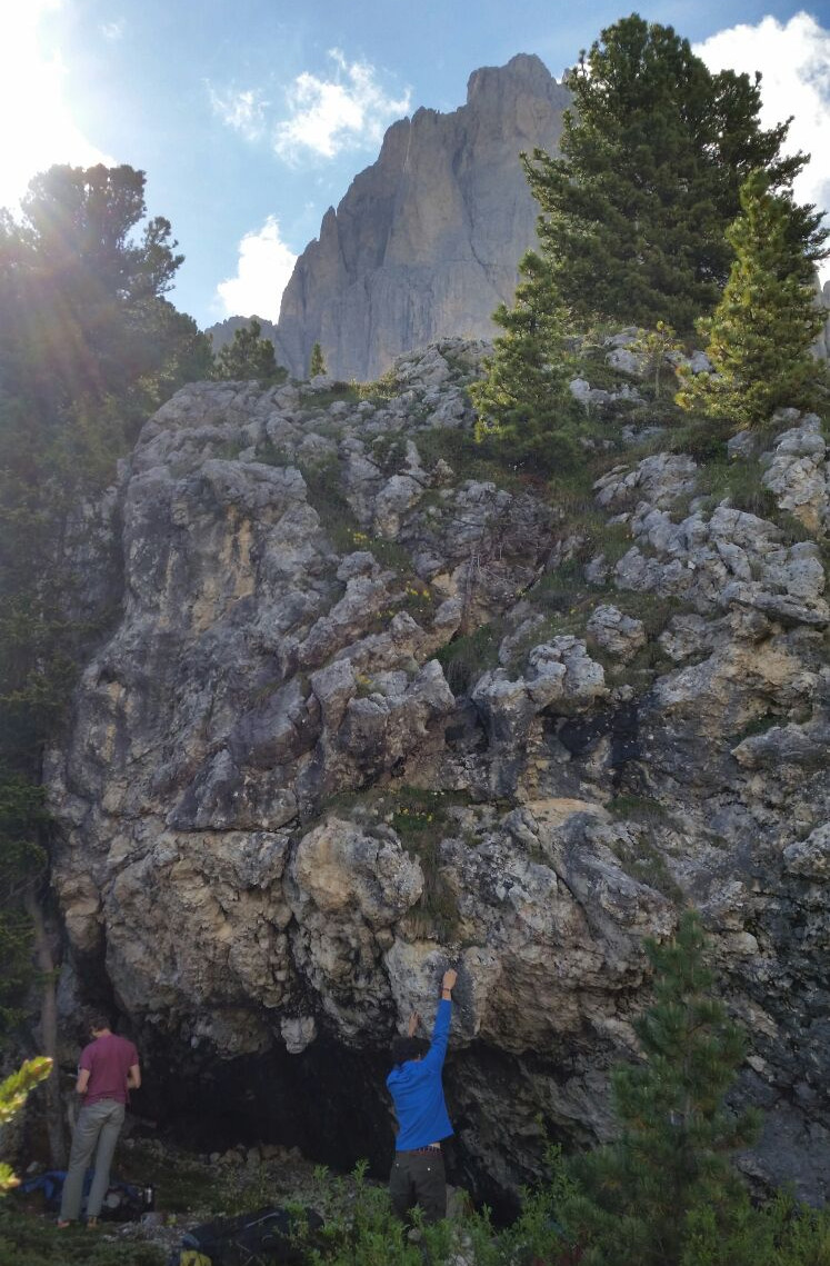 Cortina_bouldern